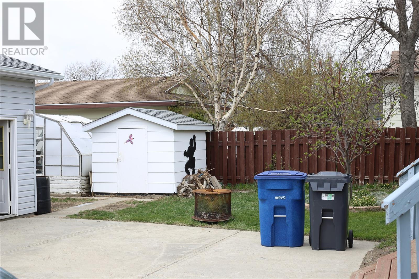 18 Morin Cres, Gravelbourg, Saskatchewan  S0H 1X0 - Photo 32 - SK796655