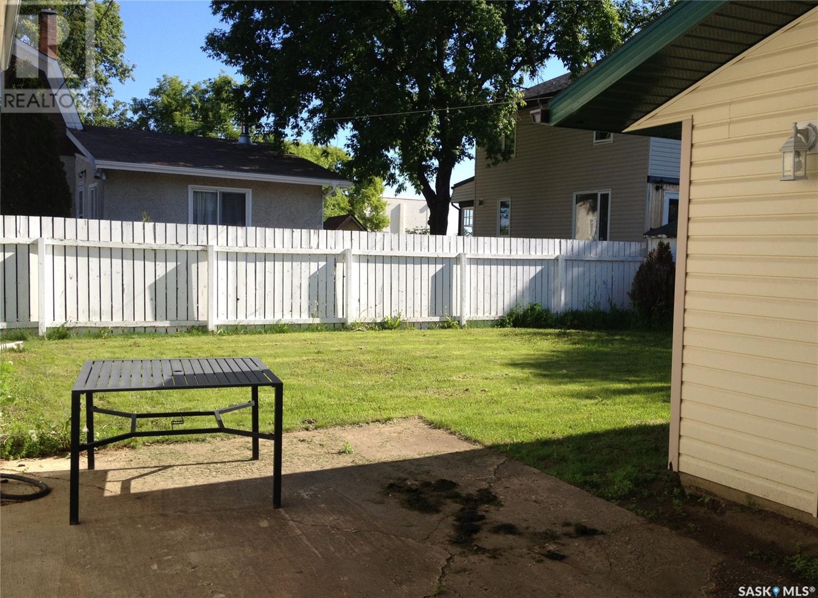 2210 3rd Ave E, Prince Albert, Saskatchewan  S6V 2G2 - Photo 17 - SK798881