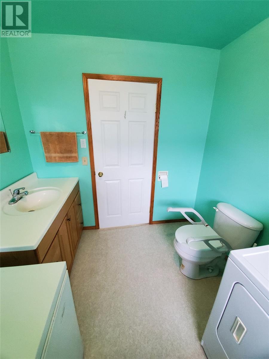 204 Clare St, Arcola, Saskatchewan  S0C 0G0 - Photo 11 - SK800556