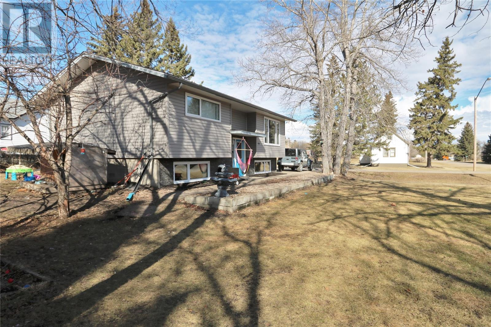 420 Springs Ave, Springside, Saskatchewan  S0A 3V0 - Photo 5 - SK803124