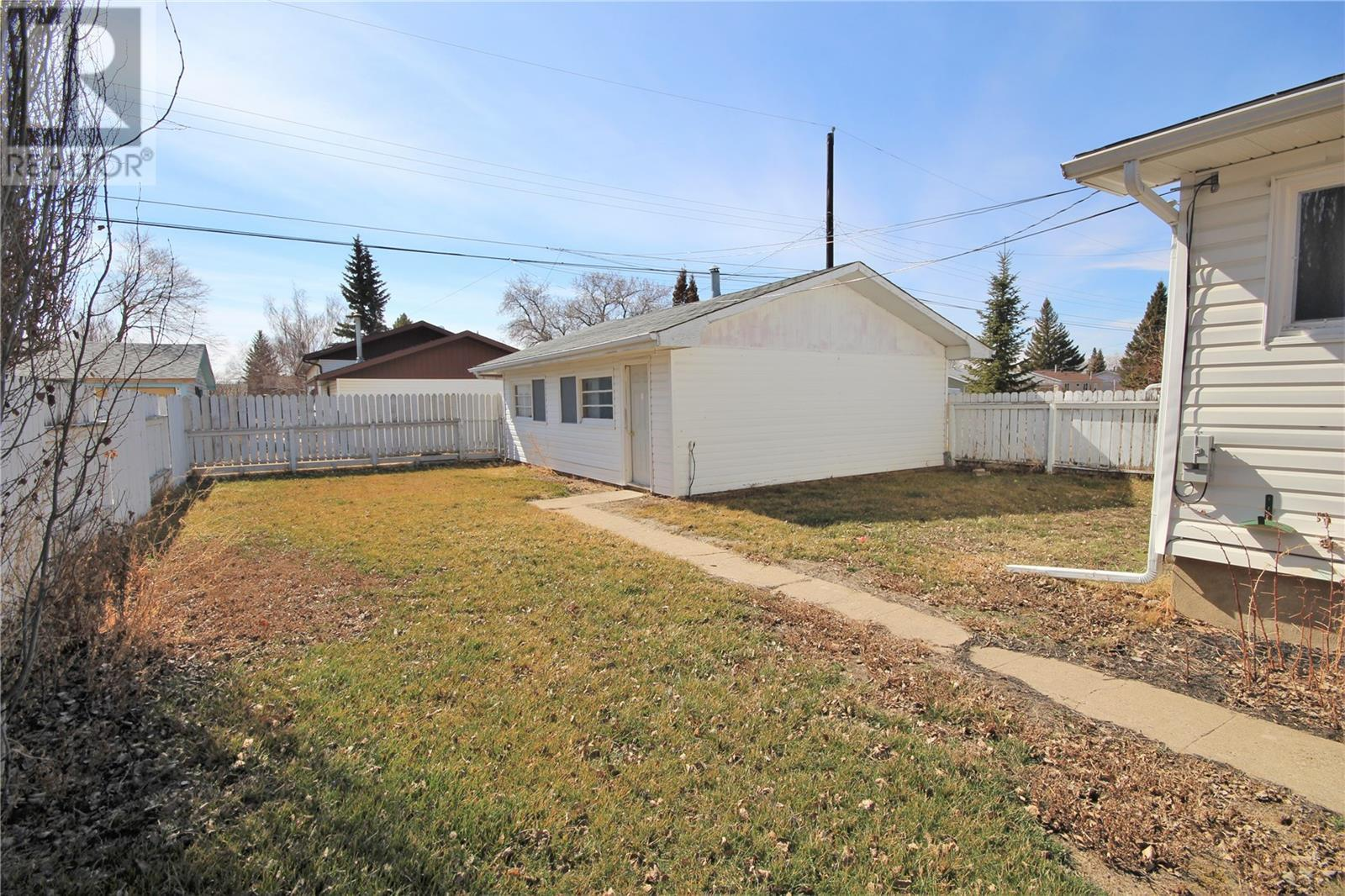 91 20th St W, Battleford, Saskatchewan  S0M 0E0 - Photo 34 - SK805257