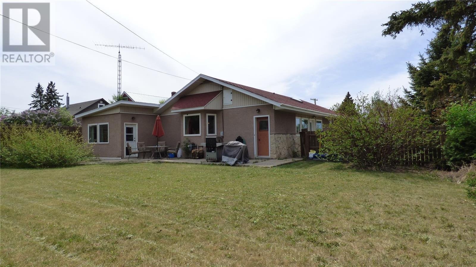 517 St Mary St, Esterhazy, Saskatchewan  S0A 0X0 - Photo 41 - SK805071