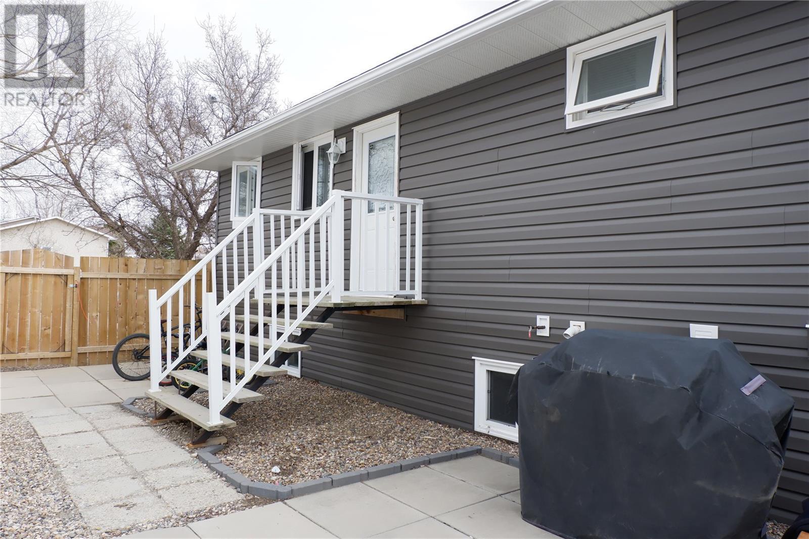 224 Crawford Ave W, Coronach, Saskatchewan  S0H 0Z0 - Photo 35 - SK805942