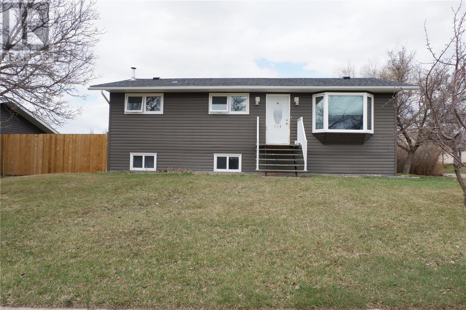 224 Crawford Ave W, Coronach, Saskatchewan  S0H 0Z0 - Photo 41 - SK805942