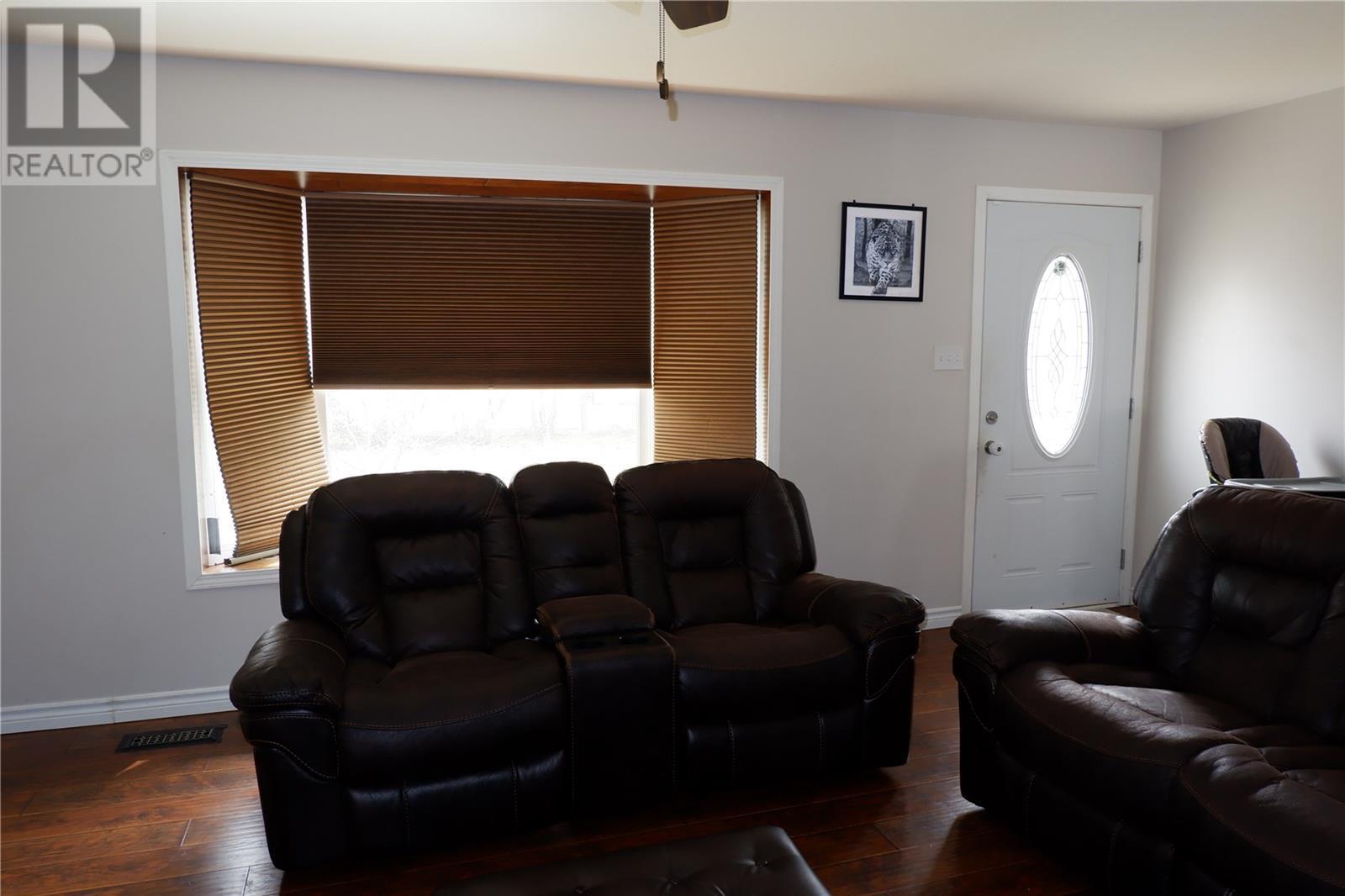 224 Crawford Ave W, Coronach, Saskatchewan  S0H 0Z0 - Photo 6 - SK805942