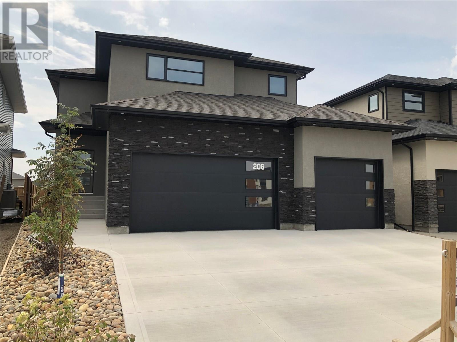 206 Kenaschuk UN, saskatoon, Saskatchewan