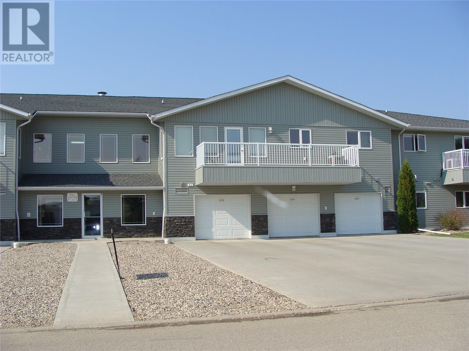 203 201 8th AVE E, watrous, Saskatchewan