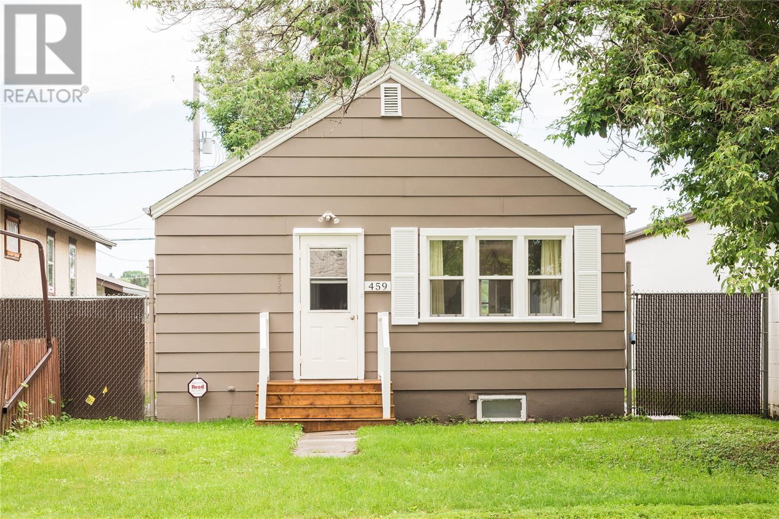 459 13th ST E, prince albert, Saskatchewan